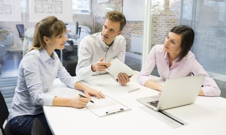 How to Minimize Communication Gaps in the Workplace